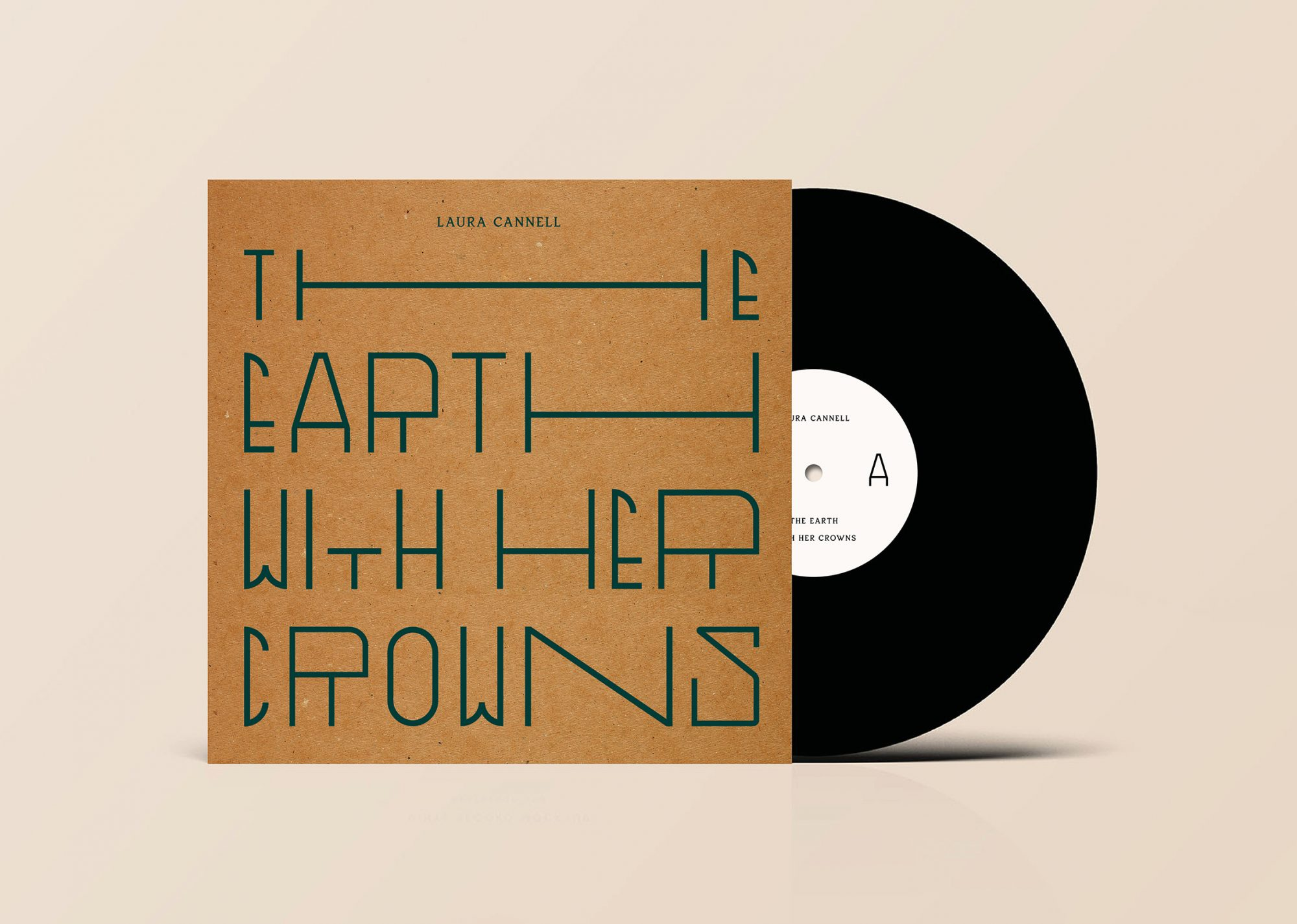 The Earth With Her Crowns, vinyl record, designed by Atelier Dyakova. Image by Atelier Dyakova.